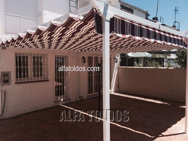 prgolas en guadarrama madrid instalacin en terraza jardn with modelos de pergolas para terrazas