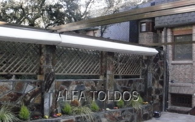 Perfiles aluminio para toldos cheap toldo plano corredero for Perfiles para toldos correderos
